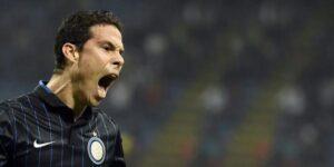 Hernanes tra i migliori per l'Inter stasera.