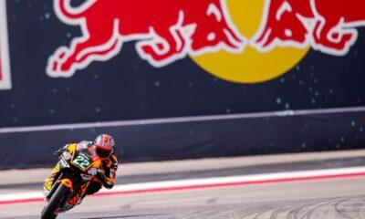 Moto2, Austin: inno brittanico per la prima vitoria di Lowes