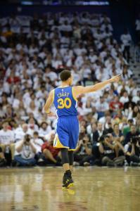 Numeri impressionanti per Steph Curry nella serie con i Pelicans
