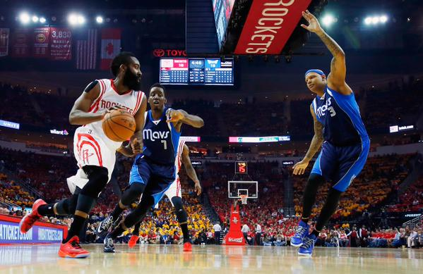 Harden porta avanti Houston nei Playoff Nba.
