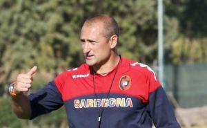 Fiorentina-Cagliari vedrà il debutto di Gianluca Festa sulla panchina dei sardi.
