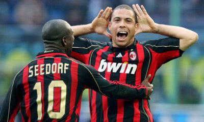 Ronaldo esulta dopo il suo gol nel derby del 2007