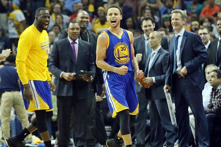 Curry trascina i suoi Warriors alle Finali di Conference di questi Playoff Nba
