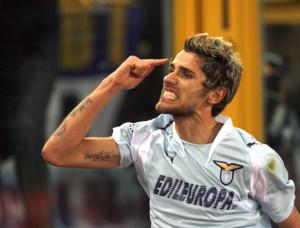 Il gol di Valon Behrami al 92' decise Lazio-Roma del 18 marzo 2008.