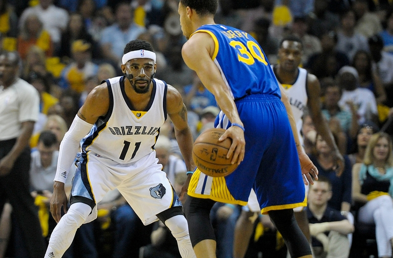 Steph Curry contro Mike Conley, ennesima battaglia di questa avvincente serie Playoff