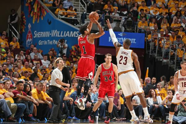 Rose batte LeBron, ai Bulls gara 1 dei Playoff Nba.