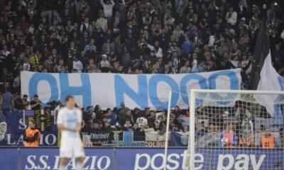 Il famoso striscione apparso in Lazio-Inter del 2010.