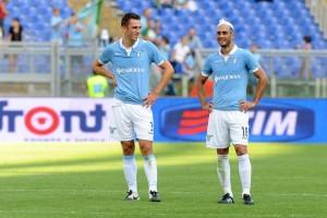 Gentiletti e De Vrij: la Lazio ritrova la sua coppia difensiva titolare proprio contro la Juve.