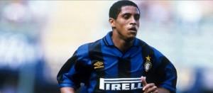 Roberto Carlos, epurato da Hodgson nell'Inter