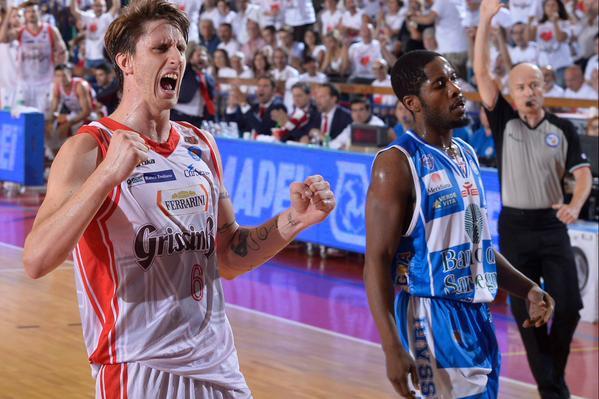 Polonara è l'uomo partita in gara-2 contro Sassari