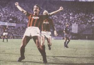 Una delle rare esultanze di Joe Jordn, simbolo della retrocessione del Milan 1981/82