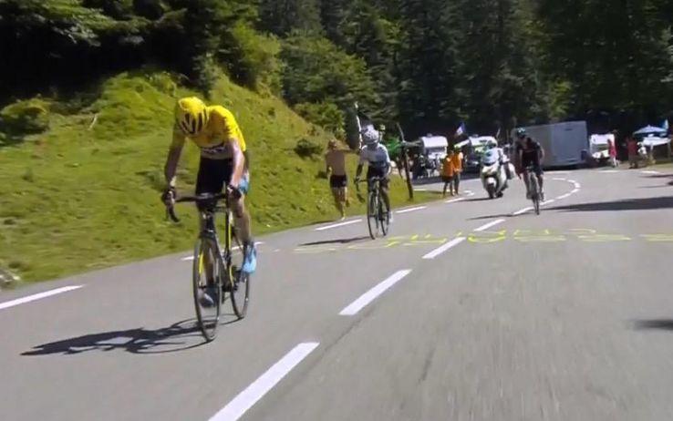 L'attacco di chris Froome su Nairo Quintana sui Pirenei
