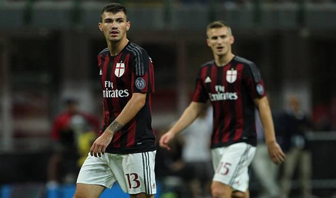 Ely e Romagnoli, coppia di centrali flop della prima giornata di Serie A