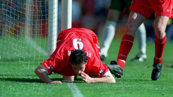 Una delle esultanze più assurde della storia, realizzata da Fowler contro l'Everton
