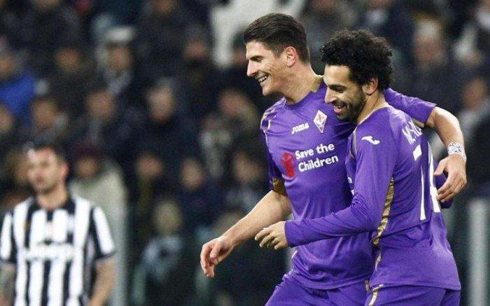Mohamed Salah e Mario Gomez, attaccanti che hanno deluso la Fiorentina