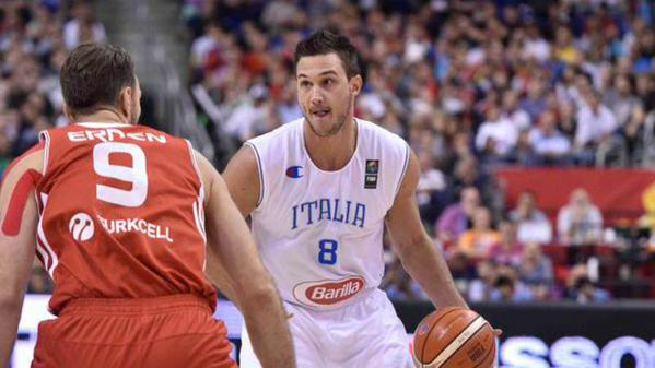 Gallinari super, ma l'Italia si inchina alla Turchia.
