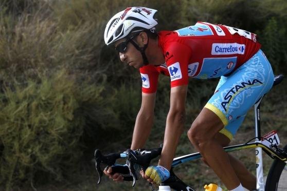 Fabio Aru perde la maglia rossa, ma la Vuelta non è finita