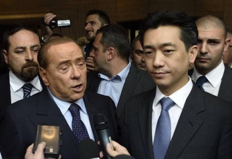Berlusconi e mister Bee