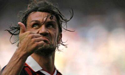 Paolo Maldini, fischiato dai suoi tifosi il giorno della sua ultima partita con il Milan