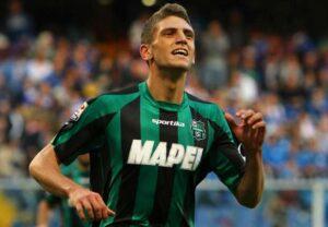 La bestia nera del Milan Domenico Berardi ha colpito il Milan anche ieri