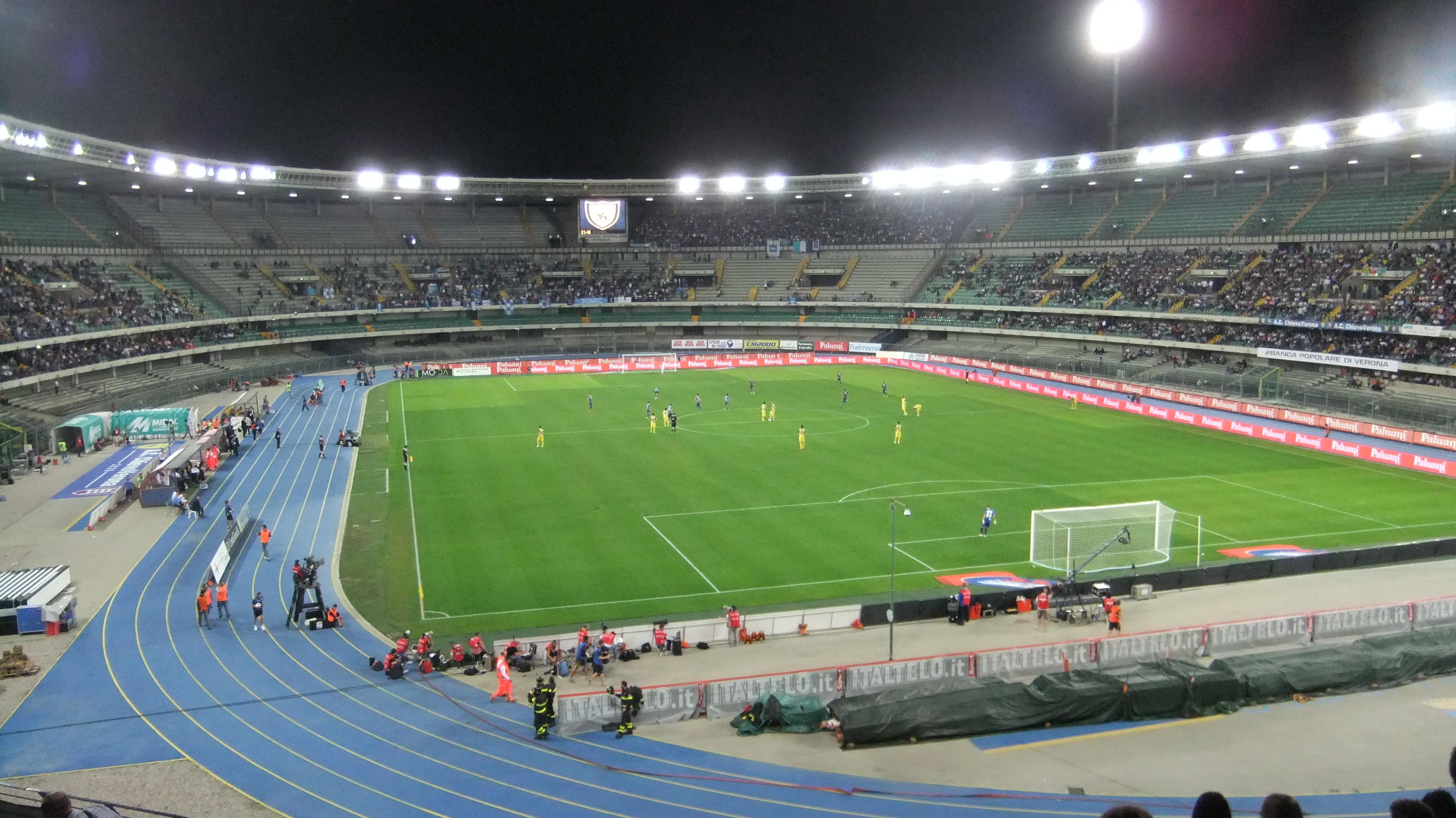 Stadio Bentegodi di Verona, teatro del derby tra Hellas e Chievo