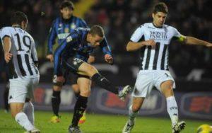 Luc Castaignos segna al Siena la sua unica rete in maglia nerazzurra