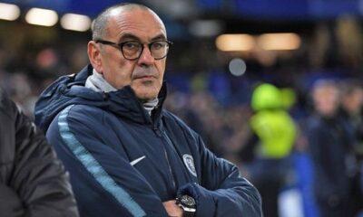 Maurizio Sarri rischia il licenziamento dopo la sconfitta tennistica contro il City di Guardiola