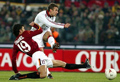 Shevchenko segna una doppietta alla Roma