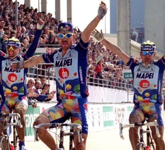La tripletta della Mapei nella Parigi-Roubaix 1996
