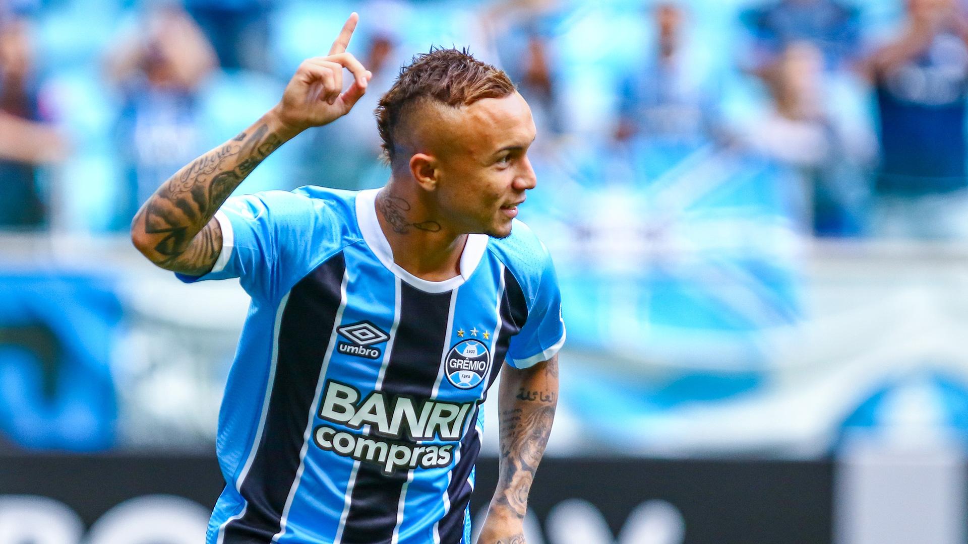 Everton Soares prossimo acquisto del Napoli
